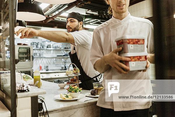 Köche in der Bäckerei in Schweden