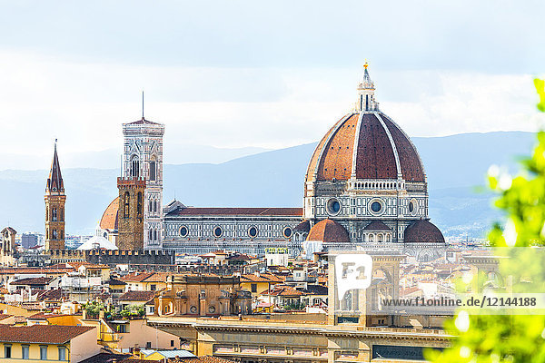 Italien  Toskana  Florenz  Altstadt  Santa Maria del Fiore und Badia Fiorentina