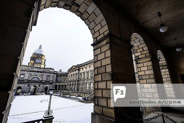 View of the Old College courtyard at University of Edinburgh   Scotland  United Kingdom.