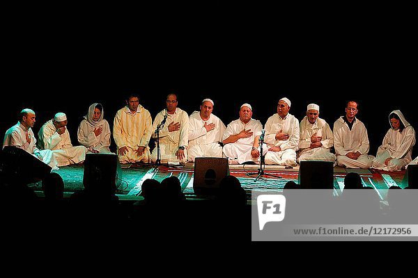 Alawiya sufi muslims singing