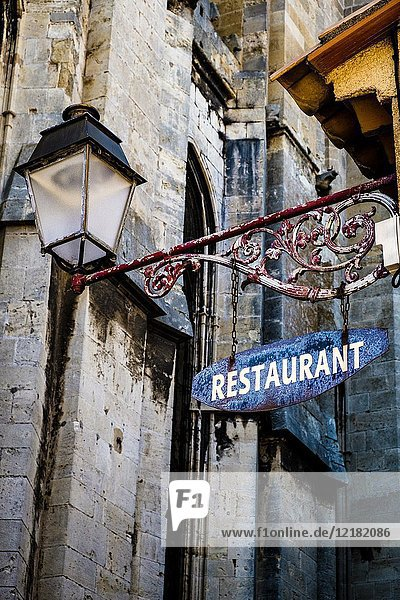 Restaurant detail in the downtown of Narbonne in the south of France.