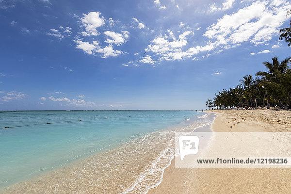 Mauritius  Südwestküste  Indischer Ozean  Strand von Le Morne