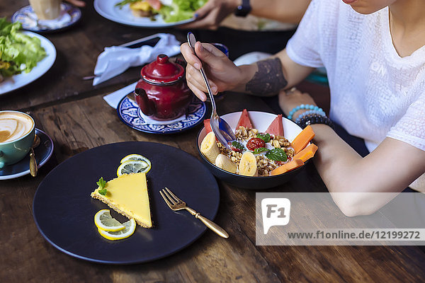 Woman having a healthy meal in a cafe