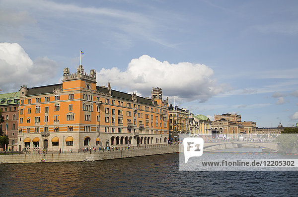 Rosenbad Federal Government Building on the left  Stockholm  Sweden  Scandinavia  Europe