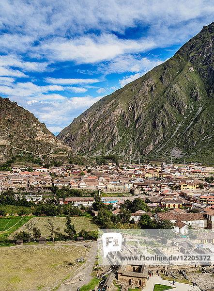 Ollantaytambo  elevated view  Sacred Valley  Cusco Region  Peru  South America
