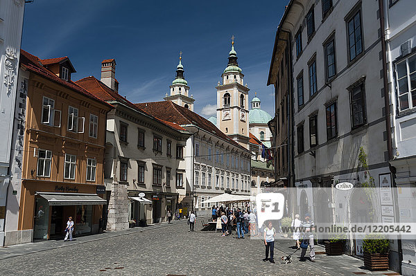 Buildings in Town Square and the Cathedral of Saint Nicholas in the background  Ljubljana  Slovenia  Europe
