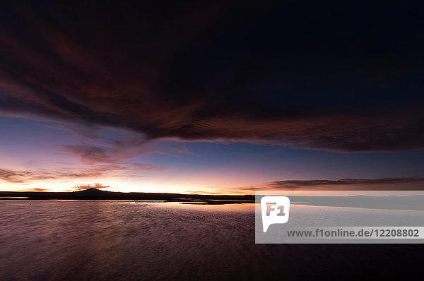 Sonnenuntergang über der Laguna Chaxa  Nationalreservat Los Flamencos  Salar de Atacama  Atacama-Wüste  Chile