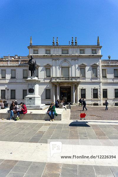 Italy  Veneto  Padua  Piazza Cavour