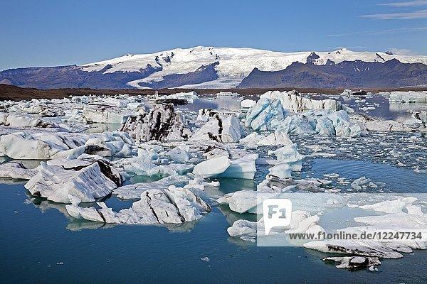 Gletscherlagune  Jökulsárlón  Vatnajökull-Nationalpark  Hornarfjoerdur  Ostisland  Island  Europa