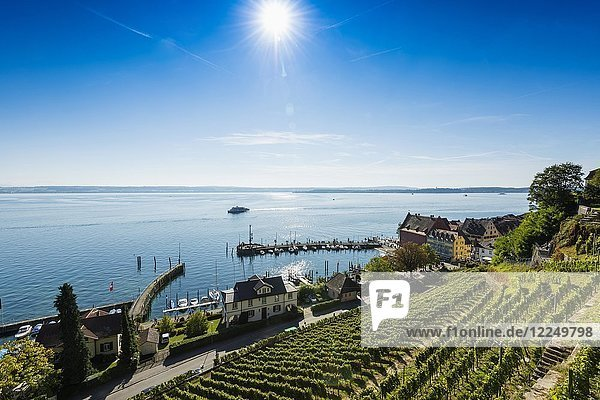 View of the lower town with harbour and Lake Constance  Meersburg  Baden-Württemberg  Germany  Europe