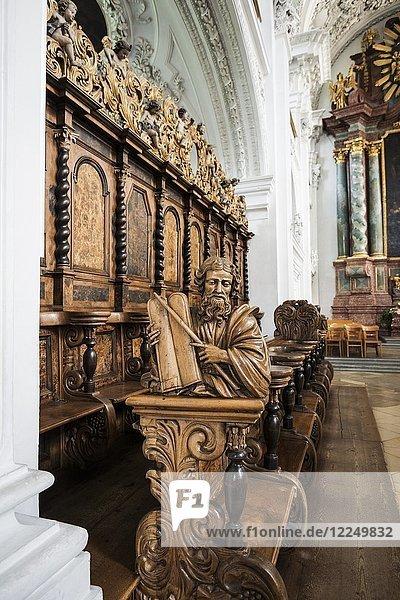 Innenansicht  Chorgestühl  Schlosskirche  Friedrichshafen  Bodensee  Baden-Württemberg  Deutschland  Europa