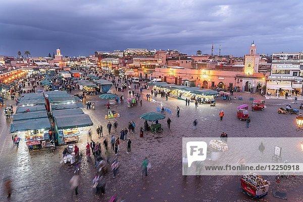 Djemaa el Fnaa market square at dusk  Marrakech  Morocco  Africa