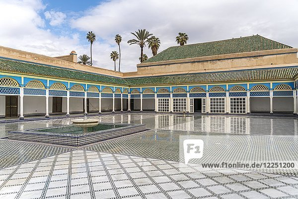 Hinterer Innenhof des Palast von Bahia  Marrakesch  Marokko  Afrika