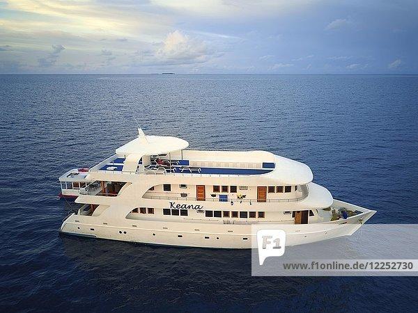 Tauchsafari-Schiff MS Keana  Ari-Atoll  Indischer Ozean  Malediven  Asien