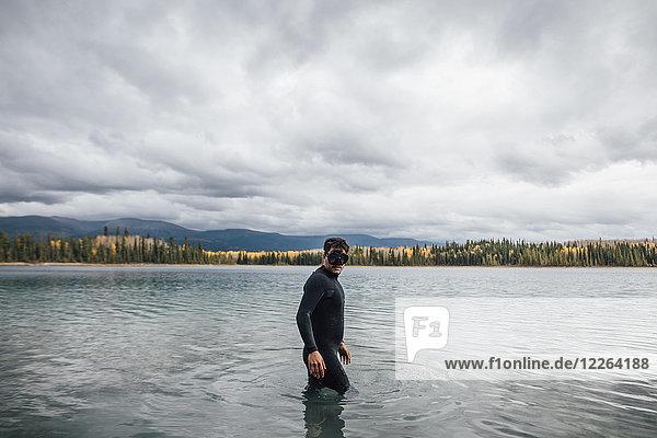 Kanada  British Columbia  Tauchen in Boya Lake