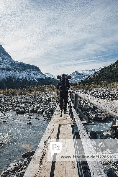 Kanada  British Columbia  Mount Robson Provincial Park  Wandern auf dem Berg Lake Trail