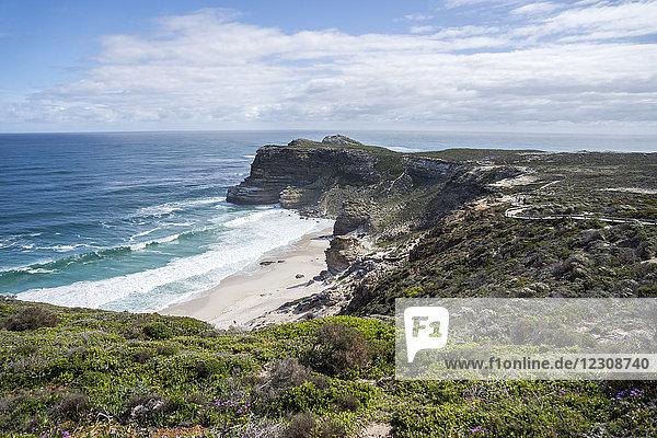Afrika  Südafrika  Westkap  Kap der guten Hoffnung  Strand von Cape Point aus gesehen