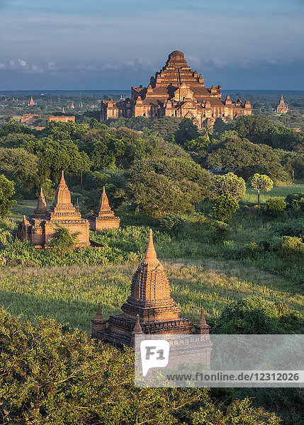 Myanmar  Mandalay area  Bagan archaeological site  view from the temple Shwe San Daw  temple Dhammayan Gyi in the background