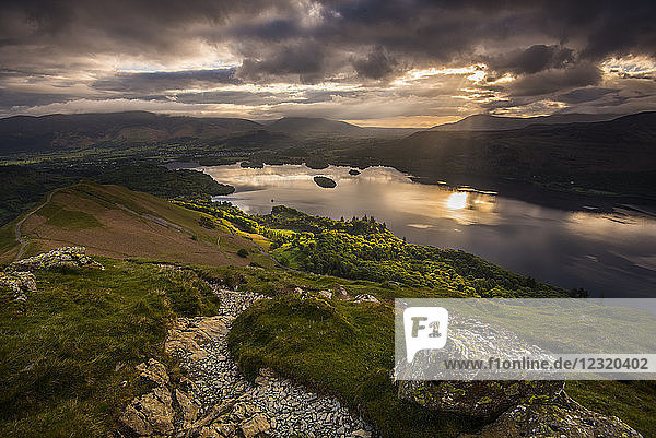 Sunrise over Derwentwater from the ridge leading to Catbells in the Lake District National Park  UNESCO World Heritage Site  Cumbria  England  United Kingdom  Europe
