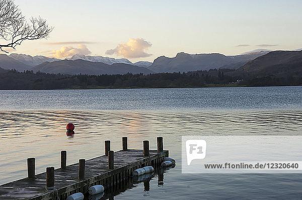 Langdale Pikes  Lake Windermere  Lake District National Park  UNESCO World Heritage Site  Cumbria  England  United Kingdom  Europe