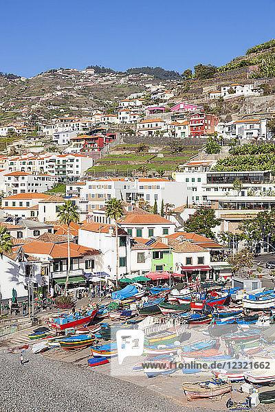 Traditional colourful fishing boats on the beach in Camara de Lobos fishing village  Madeira  Portugal  Atlantic  Europe