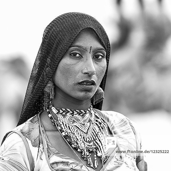 Portrait of a local tribeswoman in Sam sand dunes  near Jaisalmer; Damodara  Rajasthan  India