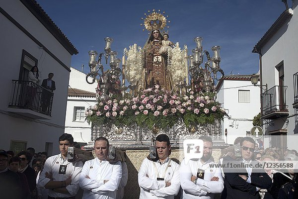 Men carry an image of Our Lady of Carmel during Easter Holy Week in Prado del Rey  Sierra de Grazalema  Andalusia  Spain.