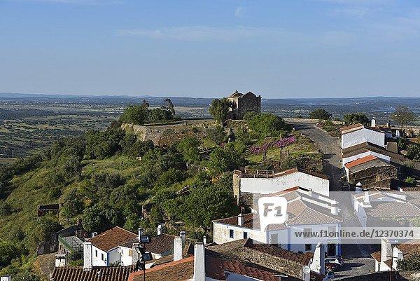 Part of the perched village of Monsaraz outside the walled city  Municipality of Reguengos de Monsaraz  Alentejo region  Portugal  southwertern Europe.