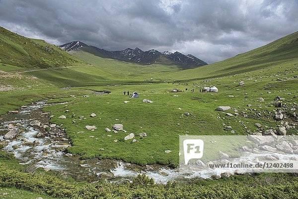 Verdant alpine scenery on the Keskenkija Trek  Jyrgalan  Kygyzstan.
