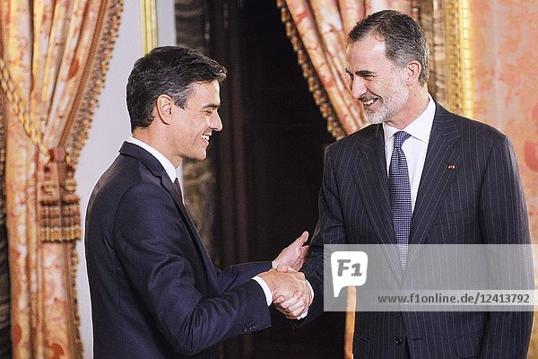 King Felipe VI of Spain  Pedro Sanchez attends a dinner with President of the Republic of France at Royal Palace on July 26  2018 in Madrid  Spain