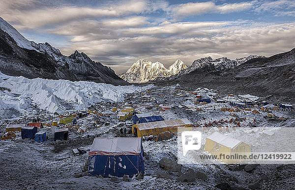 Nepal  Solo Khumbu  Everest  Sagamartha National Park  Tents at the Base camp