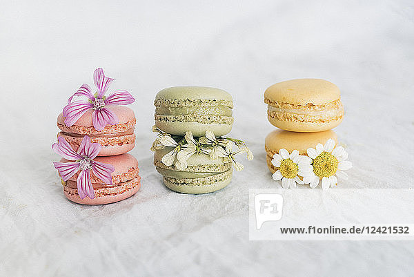 Macarons with blossoms