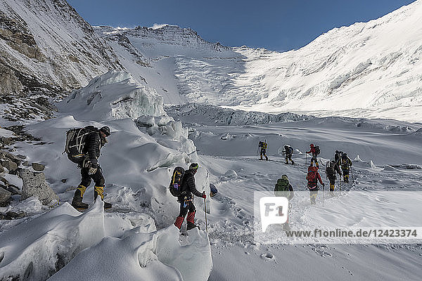 Nepal  Solo Khumbu  Everest  Sagamartha National Park  Mountaineers at Western Cwm