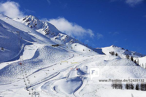 Grand Montet ski area  Chamonix  Haute Savoie  Rhone Alpes  French Alps  France  Europe