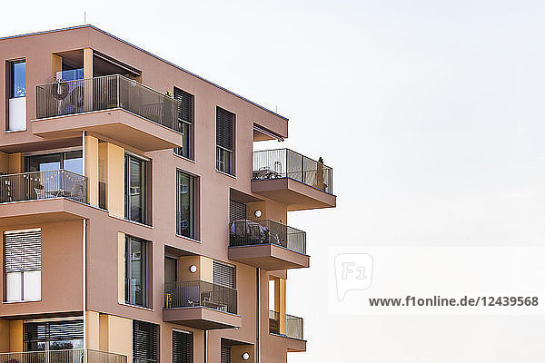 Germany  Bavaria  Neu-Ulm  Thalfingen  modern multi-family house  efficiency house