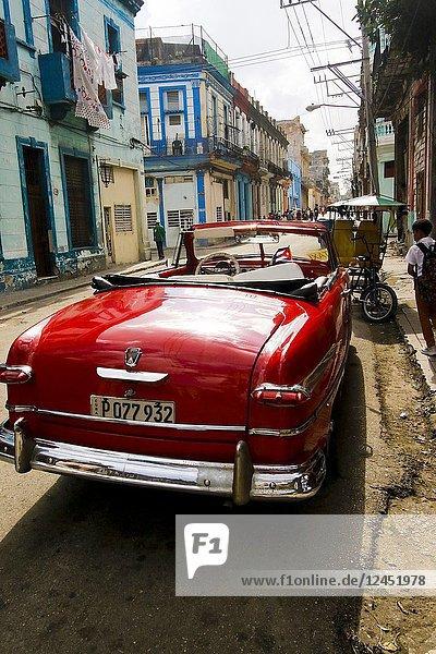 Street view of La Havana. Cuba.