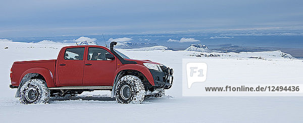 customised Icelandic 4x4 pick up truck on the way to Myrdalsjokull glacier