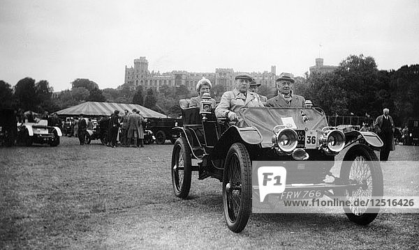 A 1902 Lanchester in the VCC Coronation Rally  Windsor  Berkshire  1953. Artist: Unknown