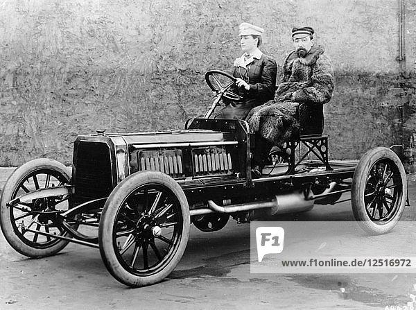 Madame du Gaste and Monsieur Barbarou in a Benz Parsifal  1903. Artist: Unknown