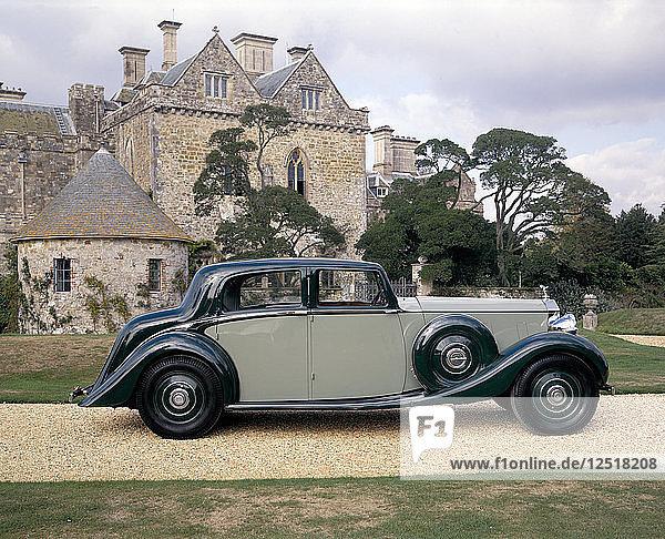 A 1938 Rolls-Royce Phantom III. Artist: Unknown