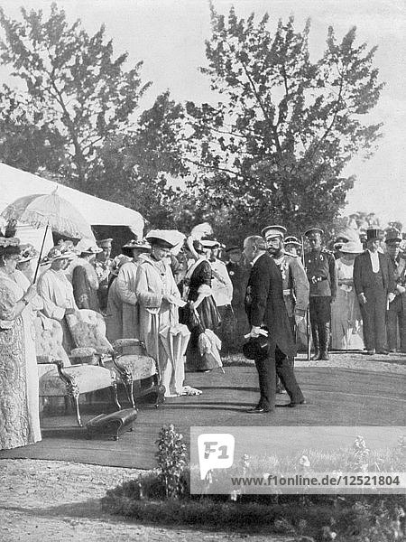 Tsar Nicholas II with visiting French President Poincare  Krasnoye Selo  Russia  22 July 1914. Artist: Unknown