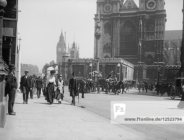 West front of Westminster Abbey  London  1902. Artist: Unknown