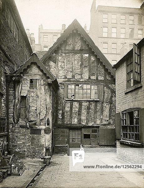 Red Lion Street area  Kirks Yard  Nottingham  Nottinghamshire  June 1919. Artist: Unknown