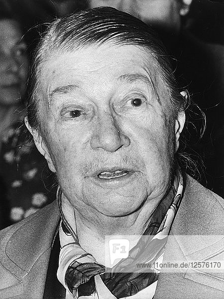 French actress and film star Pauline Carton  on her 89th birthday  4 July 1973. Artist: Unknown