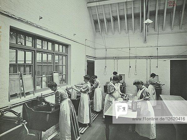 The washing room  Battersea Polytechnic  London  1907. Artist: Unknown.