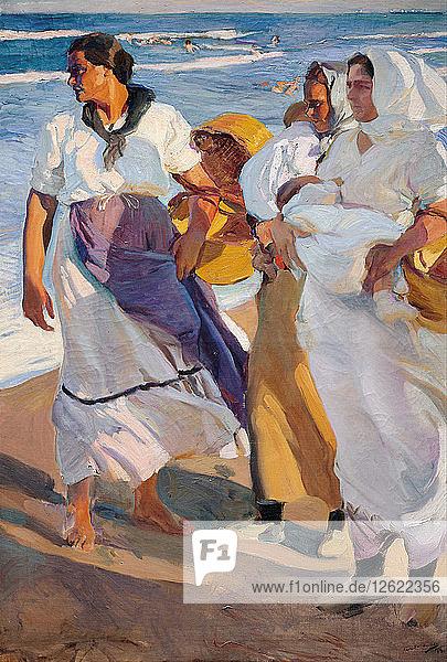 Fisherwomen from Valencia. Artist: Sorolla y Bastida  Joaquín (1863-1923)