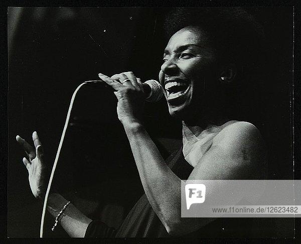 Singer Elaine Delmar performing at Berkhamsted Civic Centre  Hertfordshire  1986. Artist: Denis Williams