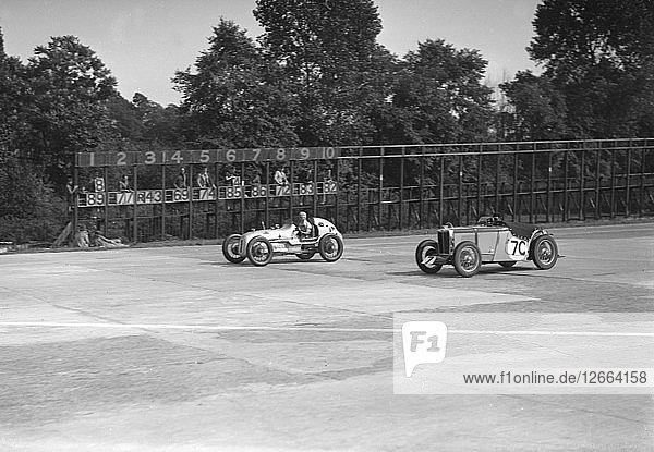 Kay Petres Austin OHC 744 cc  LCC Relay GP  Brooklands  26 July 1937. Artist: Bill Brunell.