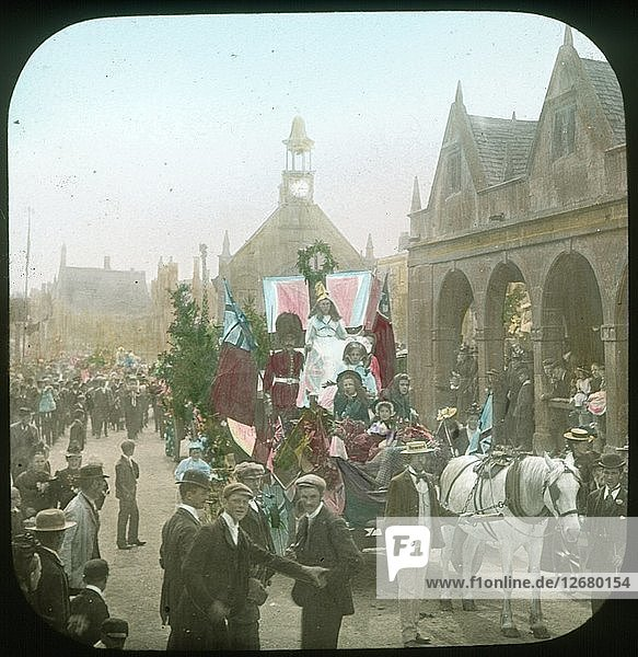 Annual Floral Festival  Chipping Campden  Gloucestershire  1896. Artist: Henry Taunt.