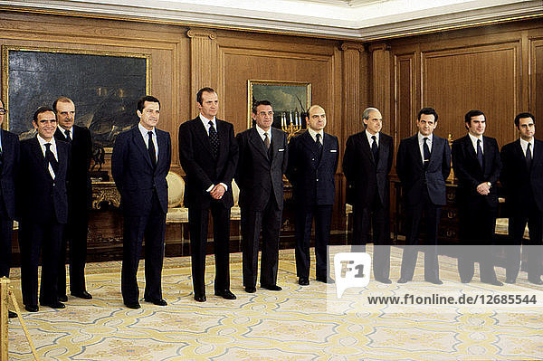 Juan Carlos I. (1938 -)  King of Spain  at the Zarzuela Palace with the 4th government of Preside?